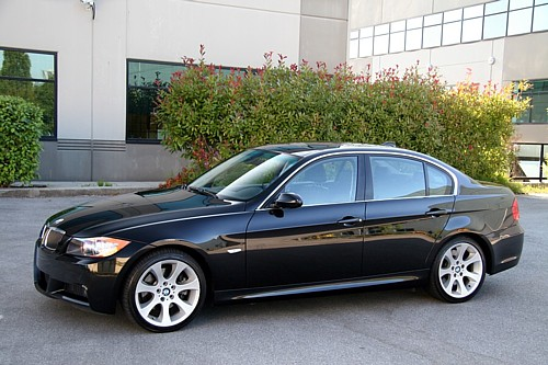 SOLD!!2006 BMW 330i 6sp MANUAL! 42K kms. 255HP Loaded with Sport and Premium
