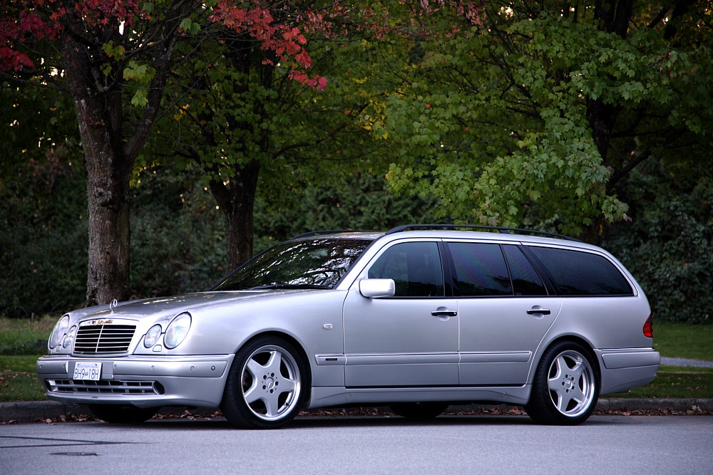 Detailed information splendid automobiles inc for Mercedes benz e60 amg